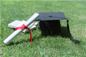 高级研修班和在职研究生区别大吗